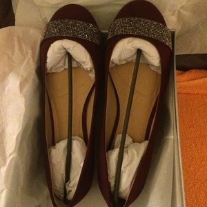 HOLIDAY SPARKLE SHOES 10W NEW IN BOX